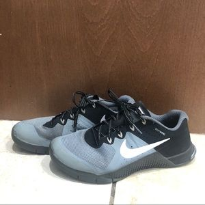 Nike Metcon 2 in size 8